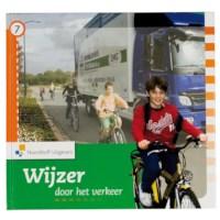 Leerlingboek 7, Wijzer door het verkeer