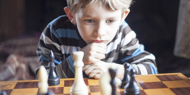 Schaken laat je kind lekker denken (én leren!)