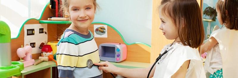 Rollenspel helpt kinderen hun eigen identiteit te ontdekken