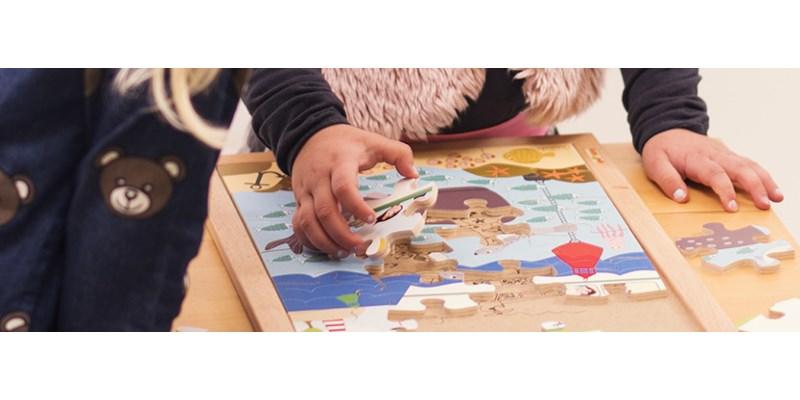 10 dingen die je kind leert van puzzelen