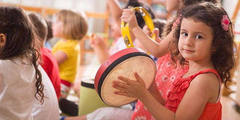 Welke vakken krijgt je kind op de basisschool?