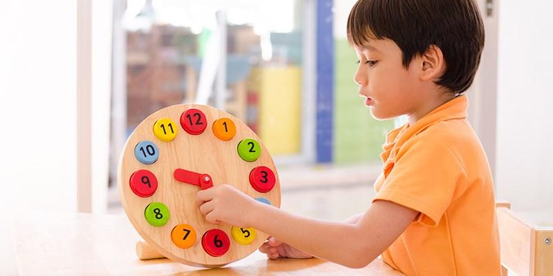 10 Tips om je kind te leren klokkijken